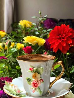 Good Night Flowers, Good Morning Roses, Good Morning Coffee, Beautiful Flowers Pictures, Beautiful Rose Flowers, Romantic Flowers, Coffee Club, Coffee Love, Coffee Break