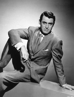 There are some people in this world that can do no wrong in the way of dress.  Cary Grant, we salute you.
