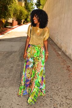 This floral maxi skirt is perfect for summer!