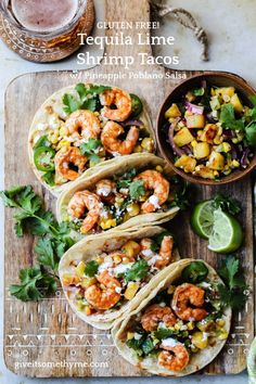 Tequila Lime Shrimp Tacos w/ Pineapple Poblano Salsa - These quick and easy spiked tacos strike the perfect balance between sweet n spicy and topped with charred Pineapple Poblano Salsa and fresh cilantro! Perfect any night of the week! Salmon Recipes, Fish Recipes, Seafood Recipes, Mexican Food Recipes, Tequila Lime Shrimp, Shrimp Tacos, Vodka Lime, Lime Juice, Enchiladas
