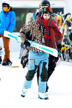 Gwen Stefani's Ski Outfit Is As Wild As You Would Expect #refinery29  http://www.refinery29.com/2015/01/80219/gwen-stefani-leopard-print-ski-outfit#slide1  Gwen Stefani grabbed a pair of skis while spending the New Year's holiday in Mammoth, CA. On the slopes, the singer gave us a preview of her upcoming collaboration with snowboard brand Burton — including this fierce ensemble.