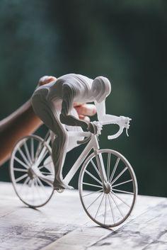 Бумажные скульптуры олимпийских атлетов (15фото) » Невседома - жизнь полна развлечений