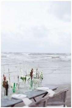 bohemian beach wedding :: galveston island, texas » Joni Bilderback Photography :: table scape with the tilt shift