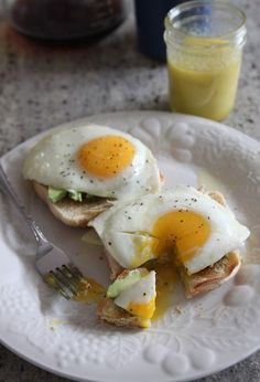 Egg Avocado and Olive Oil Toast