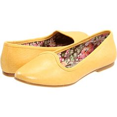 Yupppp, I am searching searching searching for yellow flats. These are nice, with a nice price--$55