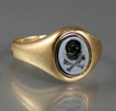 Victorian Memento Mori Ring Mourning Ring, Mourning Jewelry, Memento Mori Ring, Momento Mori, Halloween Jewelry, Family Jewels, Vanitas, Victorian Jewelry, Antique Rings