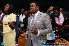 Pastor Folarin Ogunsola downloading in the presence of God