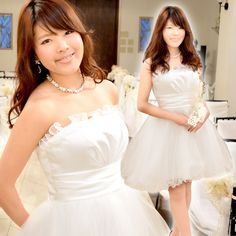 ウェディングドレス ミニ タイプ-cs002 チュールスカート、端はフリル状になっていて繊細な雰囲気