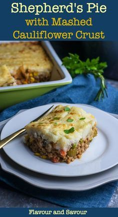 Wholesome Meals This Shepherd's Pie with Mashed Cauliflower Crust is an easy-to-make wholesome meal, chock full of veggies and simmered in a flavourful sauce. It's topped with creamy mashed cauliflower instead of potatoes! Healthy Cooking, Cooking Recipes, Healthy Recipes, Cooking 101, Fun Recipes, Curry Recipes, Healthy Dinners, Diabetic Recipes, Eating Healthy