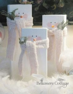 19 Ideas For Diy Wood Christmas Crafts Wooden Snowmen 19 Ideas For Diy Wood Christmas Crafts WoodenYou can find Woode. Christmas Snowman, Winter Christmas, All Things Christmas, Christmas Time, Christmas Ornaments, Christmas Stockings, Christmas Projects, Holiday Crafts, Wooden Christmas Crafts
