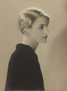 Artwork by Man Ray, Lee Miller, Paris, Made of Gelatin silver print Lee Miller, Man Ray Photographie, Man Ray Photos, Street Photography, Portrait Photography, Photography Rules, White Photography, Kiki De Montparnasse, Diane Arbus
