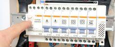 Conformité de votre installation électrique : http://www.maisonentravaux.fr/electricite/installation-electrique/conformite-installation-electrique/
