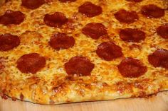Italiensk pizza - My Little Kitchen Little Kitchen, Pepperoni, Food And Drink, Pizza, Kitchen Small