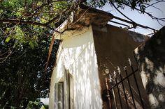 A agonia de uma casa na Avenida Norberto Mayer, Vila Santa Isabel (2015) Foto: Rogério de Moura