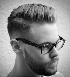 20 Pompadour hairstyles for men. List of 20 modern pompadour hairstyles to try this season. Best pompadour hairstyles and haircuts for men. Mens Hairstyles Pompadour, Mens Hairstyles Fade, Hairstyles Haircuts, Haircuts For Men, Mens Hairstyles Side Part, Tapered Hairstyles, Haircut Men, Side Part Haircut, Comb Over Haircut