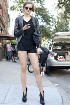 love how the v-bootie elongates this girl's already long legs #street style