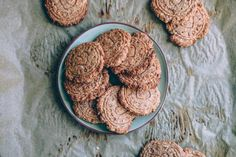 Mar 5 2020 - Recipe: Sugar Free Apple Cookies - The Christmas season is within reach. Biscuits cookies and Co. Healthy Smoothies, Smoothie Recipes, Biscuits, Apple Cookies, Sweet Pastries, Evening Meals, Crunches, Food Items, Sugar Free