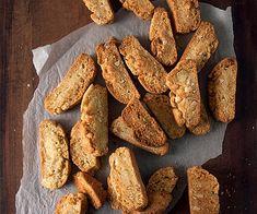 Παξιμάδια με αμύγδαλα και ούζο ? κουζινα › συνταγες › ορεκτικά || womenonly.gr Greek Recipes, Biscuits, French Toast, Sweets, Bread, Cookies, Breakfast, Food, Tutorials