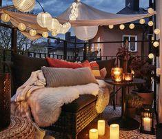 Yaz kapıda. Bunaltıcı sıcaklardan kaçışın en güzel yolu; balkonlar... Balkonlarınıza biraz çekidüzen...