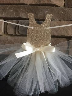 Baby shower girl theme tutus birthday ideas 54 Ideas 2019 Baby shower girl theme tutus birthday ideas 54 Ideas The post Baby shower girl theme tutus birthday ideas 54 Ideas 2019 appeared first on Baby Shower Diy. Ballerina Birthday Parties, Ballerina Party, Birthday Tutu, Birthday Ideas, Baby Girl Shower Themes, Baby Shower Decorations, Baby Boy Shower, Baby Shower Quotes, Baby Shower Signs