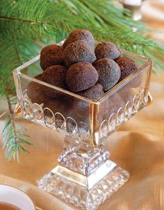 Earl Grey Truffles ~ chocolate blended with tea-infused cream | from Tea Time Magazine (Nov/Dec 2013)