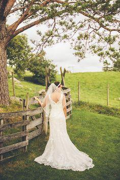 Bryllupsfotografering Lace Wedding, Wedding Dresses, Wedding Photography, Fashion, Bride Dresses, Moda, Bridal Gowns, Fashion Styles, Weeding Dresses