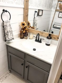 This is a gorgeous farmhouse bathroom! 👀 TAG a friend who will love this style! Upstairs Bathrooms, Downstairs Bathroom, Bathroom Renos, Laundry In Bathroom, Small Bathroom, Bathroom Ideas, Bathroom Organization, Bathroom Inspiration, Home Remodeling