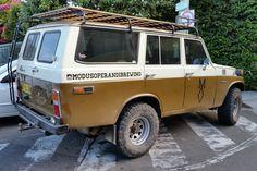1978_Toyota_Land_Cruiser_(FJ55) Wagon