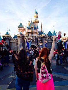 Creative best friend pictures disneyland