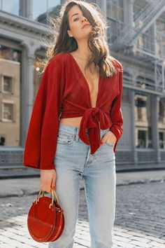 Take a look at these 10 gorgeous outfits that will make anyone feel like a million dollars. Valentine's Day Outfit, Outfit Of The Day, Spring Fashion, Women's Fashion, Instagram Baddie, All Black Outfit, Out Of Style, Cute Pink, Body Shapes