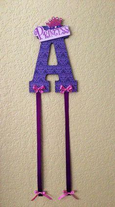 DIY hair bow holder!