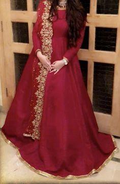 Pakistani Fashion Party Wear, Pakistani Wedding Outfits, Indian Party Wear, Pakistani Bridal Dresses, Pakistani Dress Design, Pakistani Formal Dresses, Wedding Dresses For Girls, Frock Fashion, Women's Fashion Dresses