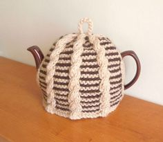 Hand made knitted cable cosy for your teapot. Fits 2 pint, 4-6 cup pot.(40 fl…