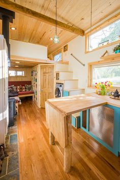 Eric and Oliver s 10 x 33 Tiny House by MitchCraft Tiny Homes Tiny House Movement // Tiny Living // Tiny House Counter Tops // Tiny Home Kitchen // Tiny House Builders, Tiny House Plans, Tiny House On Wheels, Small Tiny House, Tiny House Living, Small Houses, Cob Houses, Mini Houses, Small Room Design