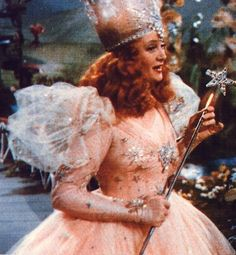 Billy Burke as Glinda the Good Witch Glenda The Good Witch, Billy Burke, Wizard Of Oz 1939, Pink Movies, Pink Costume, Glinda Costume, The Worst Witch, Yellow Brick Road, Fairy Godmother