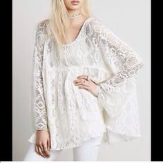 Free People baby doll ️️Lace tunic dress Runs big will fit a size medium / large layer over a tank or slip dress . Free people crochet ️️Lace raw edge tunic dress. Free People Dresses