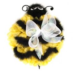 Deco Mesh Bumble Bee Wreath. instructions to make this from AC Moore
