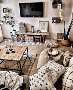 96 Amazing Rustic Apartment Living Room Design Ideas – How to Create A Rustic Living Room Decor Home Living Room, Apartment Living, Interior Design Living Room, Living Room Designs, Bohemian Living Rooms, Living Room Ideas For Apartments, Decorating Small Apartments, Living Room Decorating Ideas, Ethnic Living Room