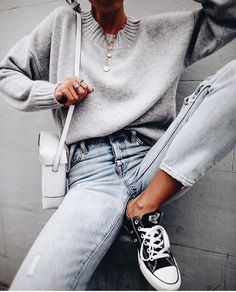 The only 10 pieces of clothing you need mode modetrends, mode outfits, damesmode, stijl Look Fashion, Girl Fashion, Winter Fashion, Fashion Outfits, Fashion Trends, Queer Fashion, Fashion Mode, Christmas Fashion, Office Fashion