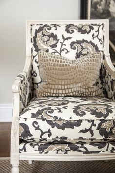 .Love the fabric  chair style