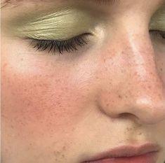 makeup classes makeup kaise kiya jata hai revolution eyeshadow palette 100 makeup demo makeup order makeup natural makeup eyeshadow perricone makeup looks step by step Makeup Inspo, Makeup Art, Makeup Inspiration, Makeup Hacks, Eyeshadow Makeup, Eyeshadow Palette, Eyeliner, Maybelline Eyeshadow, Yellow Eyeshadow