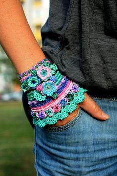 Mint Blue Pink Emerald Purple Green Crochet Bracelet. Handmade Crochet Cuff With Natural And Glass Beads. Freeform Crochet Bracelet Cuff.