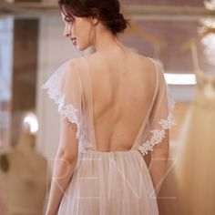 Wedding Dress Off White Bridal Dress Long Tulle Wedding Gown Boho Lace Ruffle Sleeves Beach Wedding Dress Open Back Formal Dress - Wedding Dresses Tulle Wedding Skirt, Applique Wedding Dress, Boho Wedding Dress, Boho Bride, Lace Applique, Mermaid Wedding, White Bridal Dresses, Bridal Gowns, Wedding Gowns