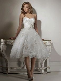 Hjärtformad A-line/Princess rmlös Organza Knee-length Applique Wedding Dresses