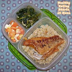 Husband packed this #bento for work: multi-grain brown rice, grilled red snapper, salted eggs & tomatoes, and garlic spinach. All home-cooked the night before.