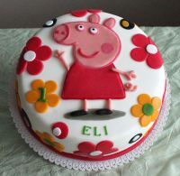 Peppa Pig, Birthday Cake, Desserts, Kids, Cake Decorating, Food, Food Cakes, Tailgate Desserts, Young Children