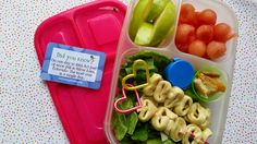 Need a non-sandwich idea for lunch? Try these fun tortellini skewers! | packed in @EasLunchboxes