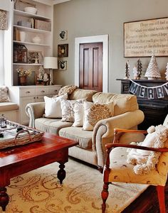 Farmhouse_Family_Room