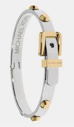 I love this Michael Kors bag! , , michael kors handbags on sale Bijoux Michael Kors, Handbags Michael Kors, Michael Kors Bag, Mk Handbags, Jewelry Box, Jewlery, Jewelry Accessories, Gold Jewelry, Rhinestone Jewelry