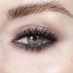 Make Up Tips : 593 curtidas 17 comentários  Katie Jane Hughes (Katie Jane Hughes) no Instagr